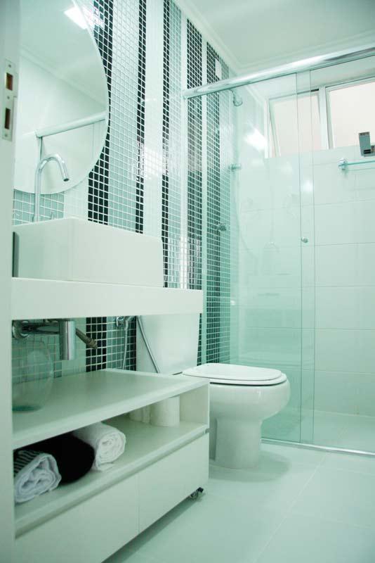 decoracao banheiro de apartamento pequeno : decoracao banheiro de apartamento pequeno:11-apartamentos-pequenos-projetos-de-profissionais-de-casapro